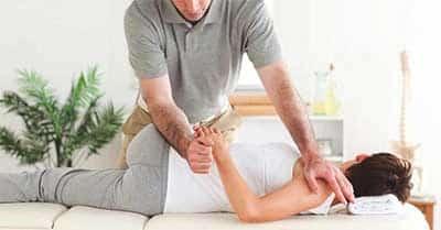 chiropractor giving chiropractic treatment in Kuala Lumpur Malaysia