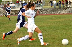 The Hounds out-kicked the Chargers 1-0 Monday in Naugatuck.