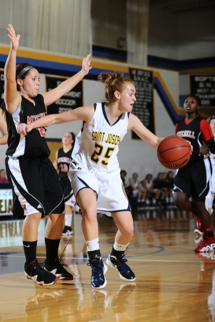 Woodland's former point guard Lindsay Feducia averages 15.1 minutes per game for St. Joseph College. - ST. JOSEPH COLLEGE ATHLETICS