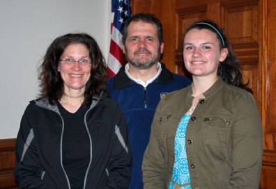 Naugatuck High School student Felicia Gulotta, right, pictured with her parents Salvatore and Linda, was recently awarded the Good Citizens Award by the Trumbull-Porter Chapter Daughters of the American Revolution. Gulotta was one of 11 students recognized with the award, which is intended to encourage and reward the qualities of good citizenship. Each DAR Good Citizen received a DAR Good Citizen pin, a certificate, an American flag and a small monetary stipend. –CONTRIBUTED