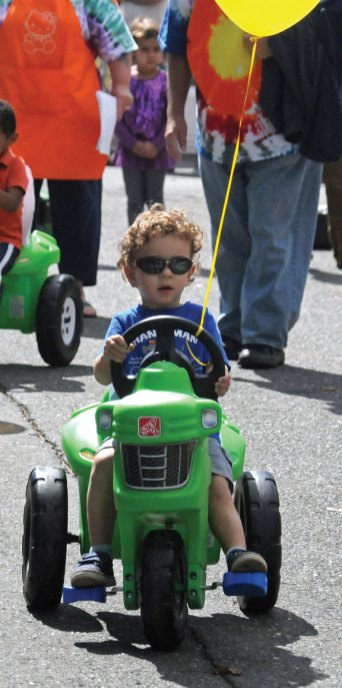 Prospect Congregational Church's annual Carnival and Fall Festival was held Sept. 20-22 at the church and the Town Green on Center Street. The carnival included rides, games, vendors, live music, and a truck and motorcycle show. –LUKE MARSHALL