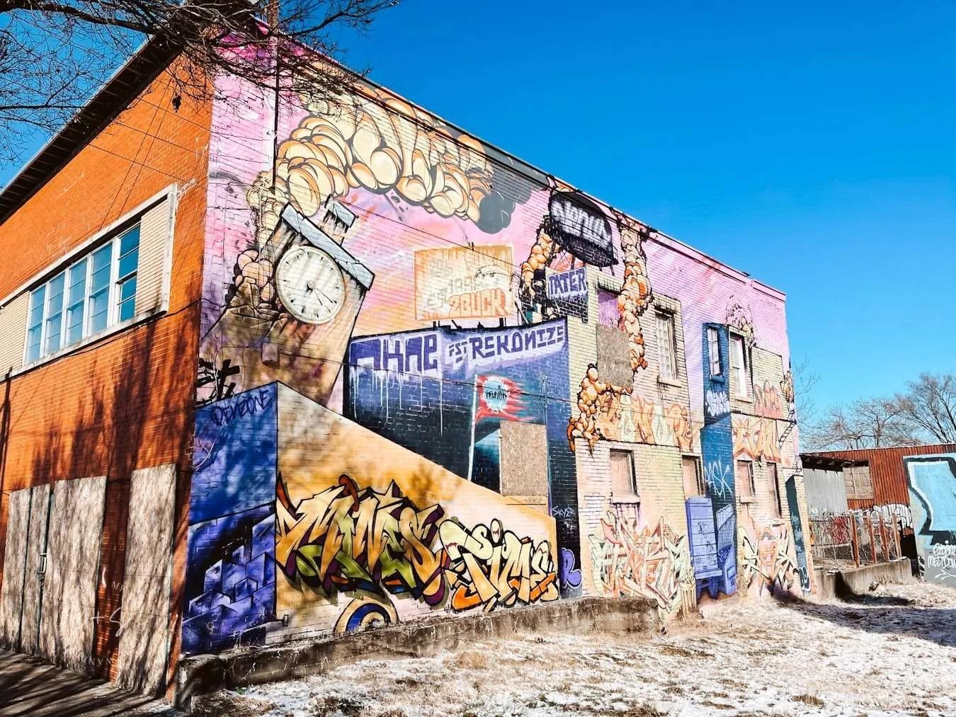 louisville graffiti mural