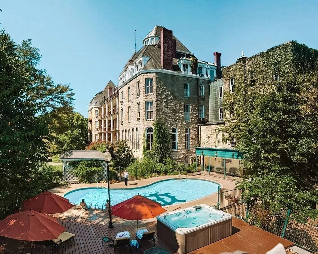 The 1886 Crescent Hotel & Spa in Eureka Springs Arkansas, Best hotels in eureka springs arkansas, Great Southern Hotels, Pretty Southern Resorts,