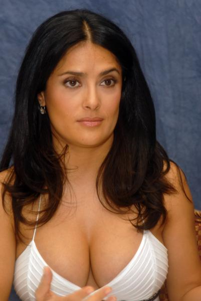 27934_salma_hayek_ugly_betty_press_conference_21_122_514lo.jpg
