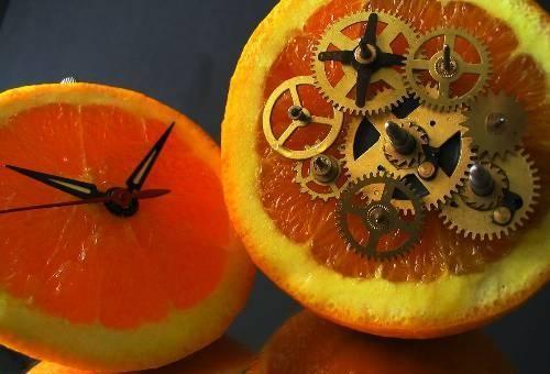 citrus-fruit-clock