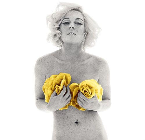 111 - Lindsay Lohan