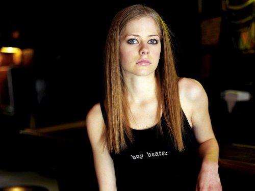 Avril Lavigne Is Still A Boy beater
