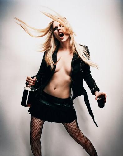 Avril Lavigne Loves Whiskey