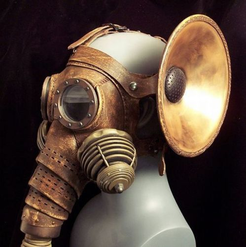 gas mask with hearing device