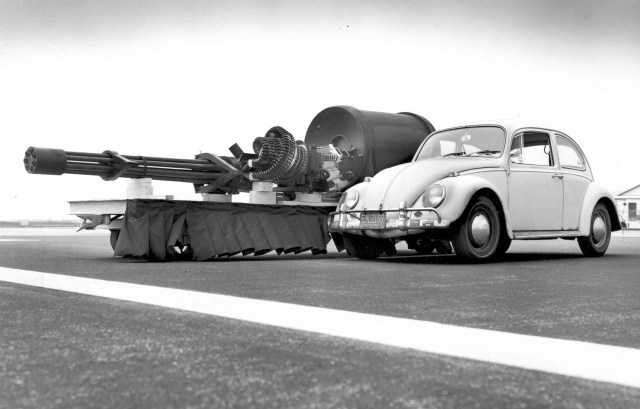 GAU-8 meets VW Type 1