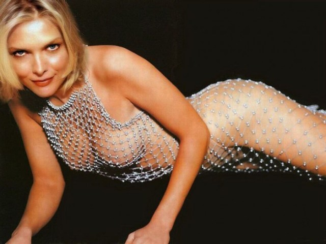 michelle_pfeiffer_nsfw_wallpaper