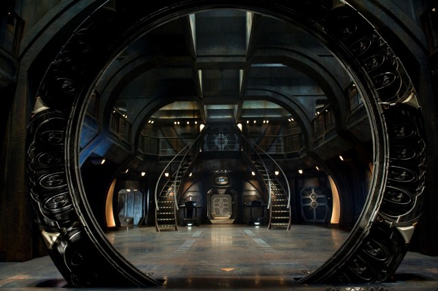stargate universe - gate room