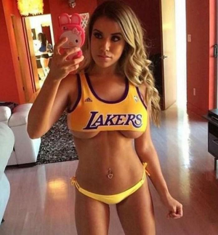 Lakers Underboob.jpg