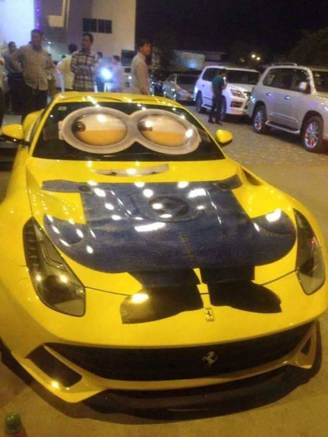 Minion Car.jpg