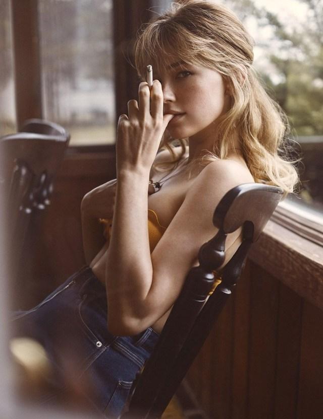 Haley Bennet smoking.jpg