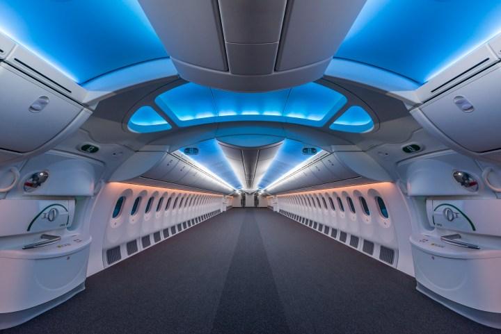 An empty 787.jpg