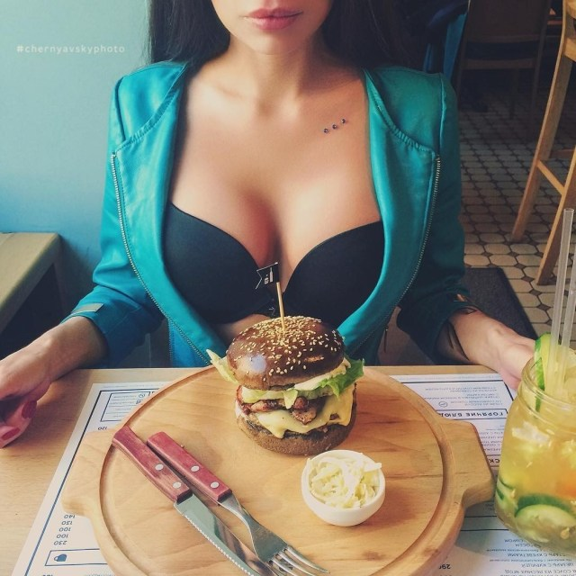 Captain Boobs Burger.jpg