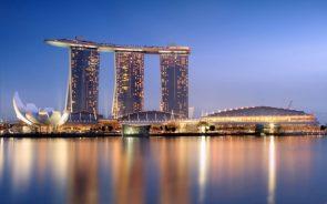 singapore skycrapper pic