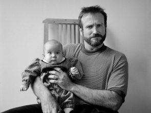 Robin Williams with his daughter Zelda 1989