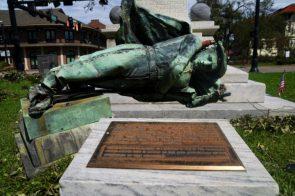 Louisiana parish votes to keep Confederate statue Hurricane Laura topples it
