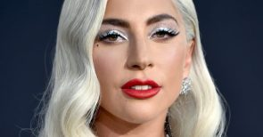 Lady Gaga Is Reportedly Offering 500000 To The Thieves Who Stole Her Dogs