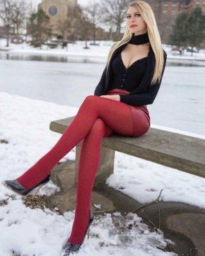 Girls With Beautiful Legs 48 pics