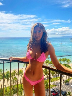 Bikini Girls 51 pics