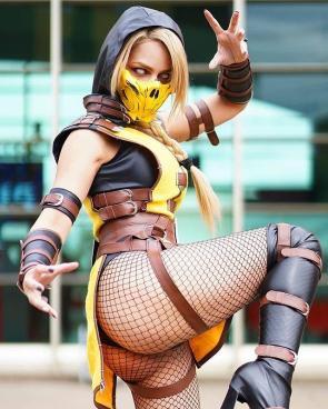 Rociocosplayer as Scorpion Mortal Kombat X
