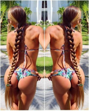 Kateryna Demers' hair