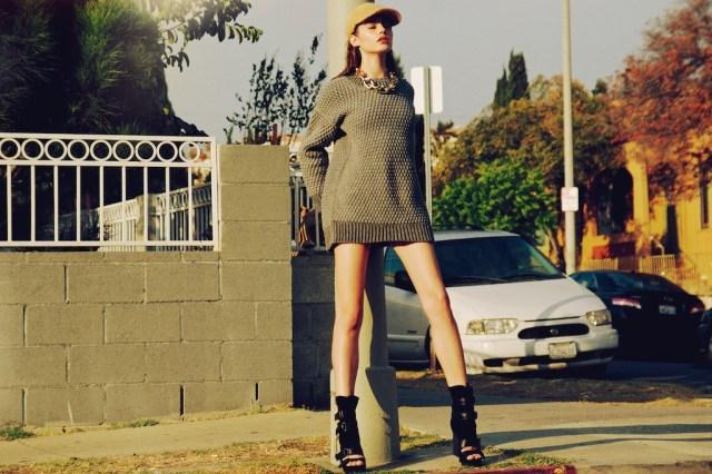 short_sweater.jpg (347 KB)