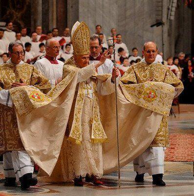 new-pope.jpg (41 KB)