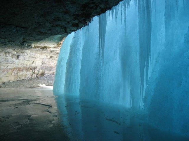 BEHIND-A-FROZEN-WATERFALL-Photograph-by-Matt-Sepeta.jpg (75 KB)
