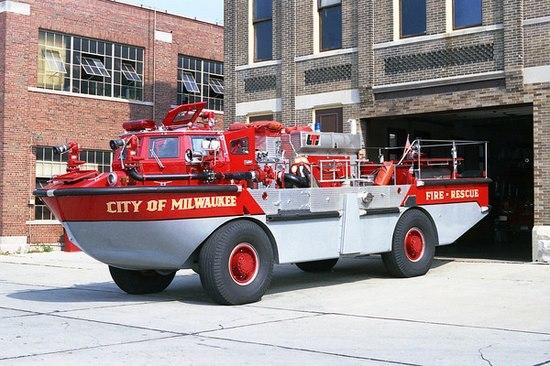 Fire-Truck-3.jpg (68 KB)