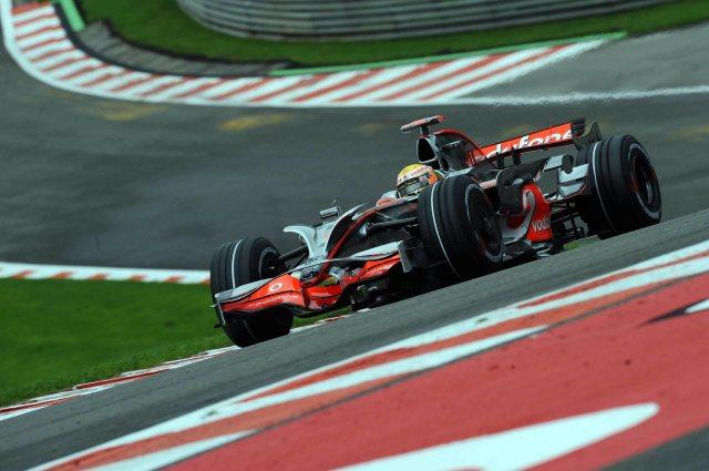 cars-formula-one-mercedes-benz-desktop-2000x1331-hd-wallpaper-453805.jpg (266 KB)
