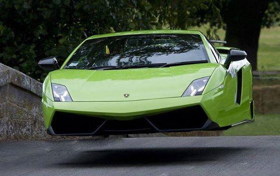 future-car-12.jpg (36 KB)
