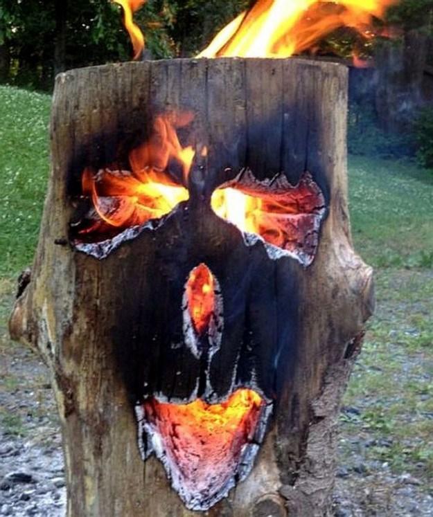 God-of-fire_small.jpg (114 KB)