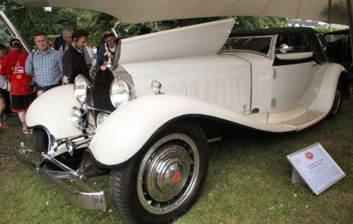 BugattiType41Royale1931.jpg (404 KB)