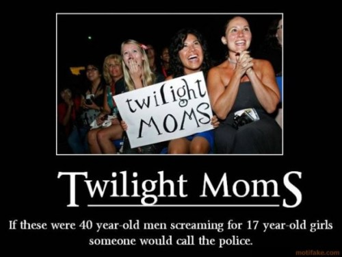 Twilight_Moms.jpg (57 KB)