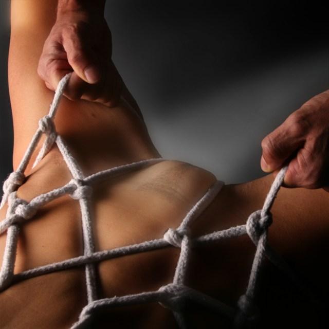 rope-bondage1.jpg (256 KB)
