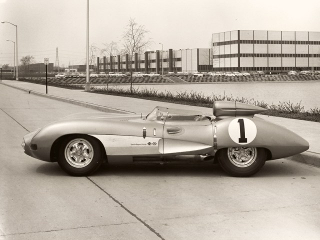 1957-Chevrolet-Corvette-side-1024x768.jpg (193 KB)
