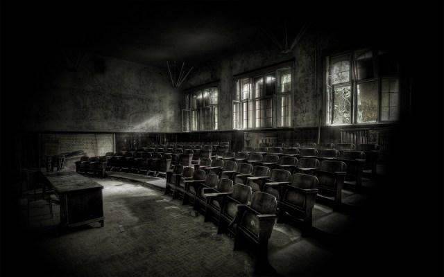 abandonedclassroom.jpg (791 KB)