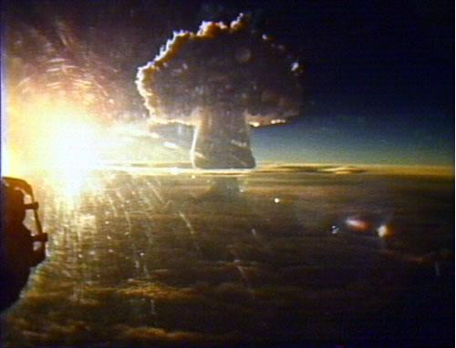 tsar-bomba-mushroom-cloud.jpg (30 KB)