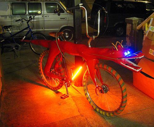 dragon_bike.jpg (220 KB)