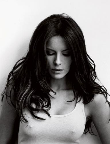 64635kate-beckinsale-3-0308-lg122194lo.jpg (50 KB)
