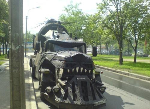 monster_truck_russia.jpg (155 KB)