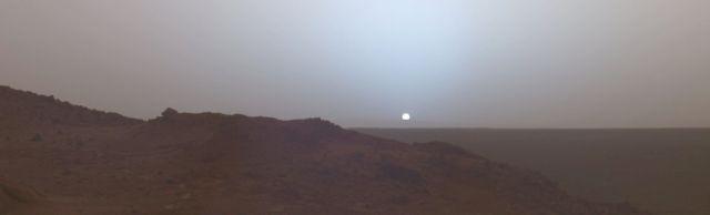 MarsSunsetCut.jpg (53 KB)