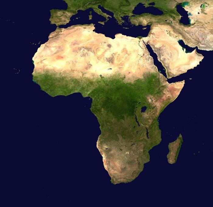Africaaaaaaaaa.jpg (3 MB)