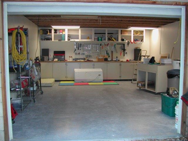 garage-mostly-done.jpg (153 KB)