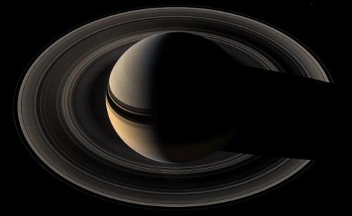 Saturn.jpg (74 KB)