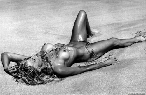 Ferrah fawcett nude